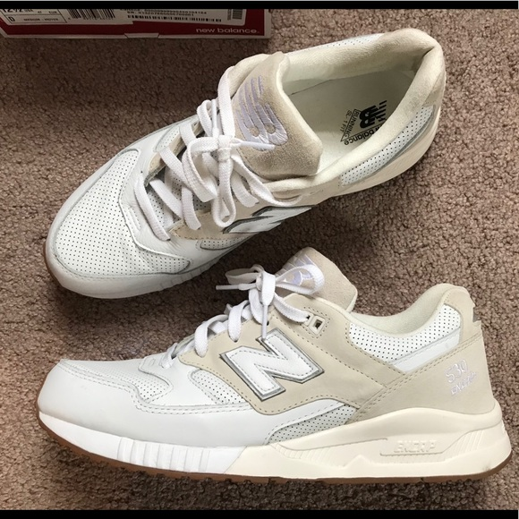 new balance cream suede